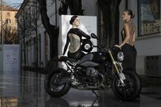 """BMW R nineT & """"Tattoo d'Haute Couture"""" http://caferacercult.gr/news/bmw-r-ninet-tattoo-dhaute-couture.html #RnineT"""