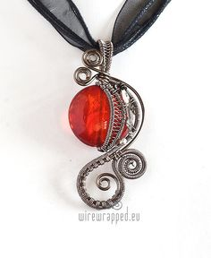 OOAK Red steampunk wire wrapped pendant by ukapala on Etsy Wire Pendant, Wire Wrapped Pendant, Wire Wrapped Jewelry, Wire Jewelry, Pendant Jewelry, Jewelery, Handmade Jewelry, Diy Jewelry Necklace, Mixed Metal Jewelry