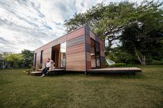 Prefabricated architecture is known for its mobility, allowing people to live in faraway and previously isolated locales. Colectivo Creativo Arquitectos has created VIMOB in this vein, designing it as a modular home that can be easily transported and assembled. The 398-square-foot dwelling has a rustic aesthetic. It features a patchwork of timber on the exterior, in addition to a wood-finished interior that uses oriented strand board (OSB) for its walls and pine on the ceilings. Boasting an…