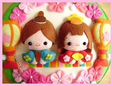 Felt Diy, Felt Crafts, Diy And Crafts, Hina Matsuri, Japan Crafts, Quiet Book Patterns, Wedding Doll, Felt Wreath, Felt Quiet Books