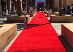 Red Carpet Fashion Do's and Don'ts | Event Planning Tips. For more information about red carpet rental solutions, go to http://www.redcarpetsystems.com/products-services/red-carpet/