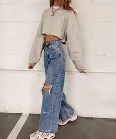 Stylish outfit idea to copy ♥ For more inspiration join our group Amazing Things ♥ You might also like these related products: - Jeans ->. Aesthetic Fashion, Aesthetic Clothes, Look Fashion, 90s Fashion, Urban Aesthetic, Summer Aesthetic, Fashion Beauty, Aesthetic Style, Aesthetic Outfit