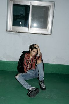 SHINee Teaser Images for October Comeback - Jonghyun Onew Jonghyun, Shinee Jonghyun, Lee Taemin, K Pop, Dramas, Lee Hi, Lee Jinki, Kim Kibum, Yesung