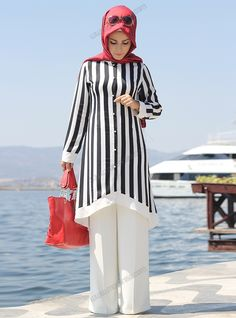 Modern Hijab Fashion, Street Hijab Fashion, Islamic Fashion, Abaya Fashion, Muslim Fashion, Modest Fashion, Fashion Dresses, Kurta Designs, Blouse Designs