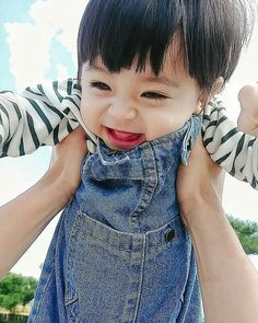 [Bahasa, Semi baku] ┇ Ficlet✓ Kisah keluarga kecil Jung jeno. C… #random #Random #amreading #books #wattpad Cute Baby Boy, Cute Little Baby, Lil Baby, Little Babies, Cute Boys, Little Boys, Baby Kids, Cute Asian Babies, Korean Babies