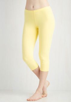 Rise to the Crop Leggings in Buttercup - Yellow, Solid, Casual, 80s, 90s, Pastel, Cropped, Spring, Summer, Cotton, Knit, Good, Capri, Yellow, Vintage Inspired, Low-Rise