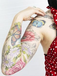 Butterfly Tattoo Designs are cool ! Tattoo Designs are usually an expression of one's inner self , A Tattoo design. Lila Tattoo, Tattoo Henna, Tattoo You, Pastel Tattoo, Pretty Tattoos, Beautiful Tattoos, Natur Tattoos, Full Sleeve Tattoos, Tattoo Sleeves