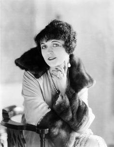 Portrait of Pola Negri by James Abbe, 1921