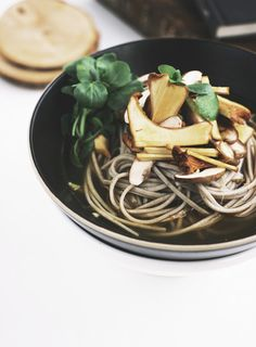 spicy lemongrass soba noodles with field mushrooms. / sfgirlbybay