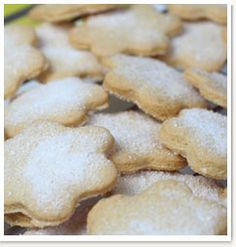 This site contains a recipe for Outydse Soetkoekies a truely South African style baked good. Kitchen Recipes, Baking Recipes, Cookie Recipes, Snack Recipes, Snacks, Eggless Recipes, Cookbook Recipes, Bread Recipes, Kos