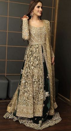 Shadi Dresses, Pakistani Formal Dresses, Pakistani Dress Design, Pakistani Suits, Fancy Dress Design, Bridal Dress Design, Designer Party Wear Dresses, Indian Designer Outfits, Lehnga Dress