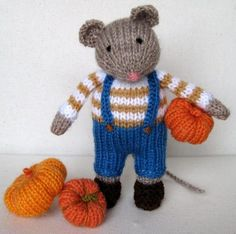 Pip the Mouse knitting pattern and pumpkins knitting pattern. Knit your own toys and decorations for halloween. Get the downloadable PDF from LoveKnitting.