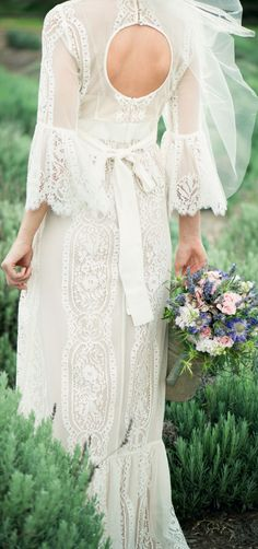 vintage inspired wedding dress@a_nichole_t - you're welcome! found your dress.