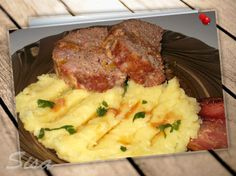 Domáca sekaná s marinádou. | Hrnčekové recepty No Cook Meals, Meat Recipes, Mashed Potatoes, Food And Drink, Beef, Cooking, Ethnic Recipes, Recipes, Whipped Potatoes