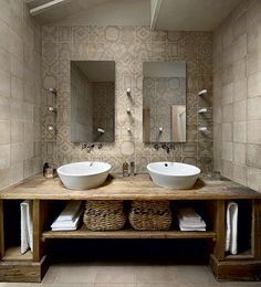 Great Photos Rustic Bathroom cabinets Ideas Some sort of rustic bathroom is often characterised through exciting quirks plus the application of Rustic Bathroom Designs, Rustic Bathroom Vanities, Beige Bathroom, Rustic Bathrooms, Bathroom Interior Design, Master Bathroom, Bathroom Ideas, Bathroom Renovations, Bathroom Wall