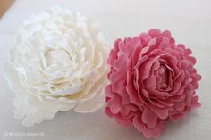 How to make a peony from fondant / flower paste / gum paste