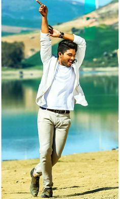 Dj Movie, Movie Photo, Actor Picture, Actor Photo, Alone Photography, Photography Poses, Allu Arjun Hairstyle, Allu Arjun Wallpapers, Allu Arjun Images