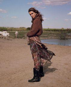 Publication: Vogue Paris August 2017 Model: Andreea Diaconu Photographer: Dan Martensen Fashion Editor: Claire Dhelens Hair: Cim Mahony Make Up: Petro Petrohilos