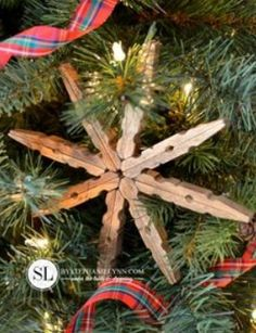 Clothes pin snowflake ornament!:)