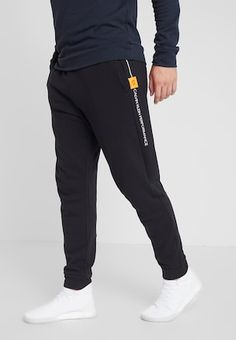 Gym Essentials, Men's Fashion, Fashion Outfits, Training Pants, Loungewear, Mens Clothing Styles, Jogging, Tommy Hilfiger, Street Wear