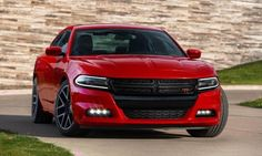 2017 Dodge Avenger Review