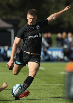 Footy Players: Owen Farrell of Saracens Rugby League, Rugby Players, Football Players, Rugby Poster, Rugby Men, Beautiful Athletes, Athletic Men, Sport Motivation, Sport Man