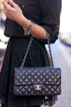 The MOST LUXIRIOUS handbags ever made: http://www.clubfashionista.com/2014/12/the-most-luxirious-handbag-ever-made.html #clubfashionista #handbags #luxirious