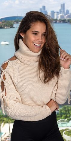 Check out our beautiful Dresses today Turtleneck Outfit, Sweater Outfits, Trendy Online Boutiques, Thick Sweaters, Cold Shoulder Sweater, Beautiful Smile, Asian Fashion, Beautiful Dresses, Cool Outfits