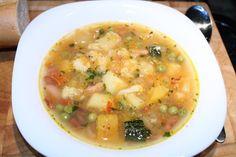 Minestrone recept Vegetable Soup Healthy, Vegetable Puree, Italian Soup, Italian Recipes, Beef Tagine, Beef Chorizo, Beef Tallow, Pumpkin Squash, Cheeseburger Soup