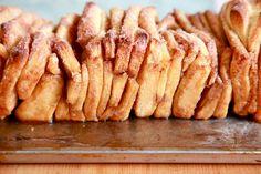 Cinnamon Sugar Pull Apart Bread- Christmas Baking Marathon 2011