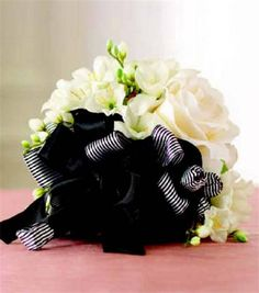 Create your own bridal bouquet using white flowers and ribbon #joannhandmade