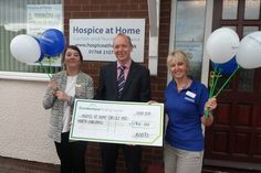 Boots Cake Sale supports Hospice at Home http://www.cumbriacrack.com/wp-content/uploads/2016/05/SAM_1936.jpg Hospice at Home Carlisle and North Lakeland gratefully received £170.00 from the Boots North West Team this week following a cake sale at their conference    http://www.cumbriacrack.com/2016/05/25/boots-cake-sale-supports-hospice-home/