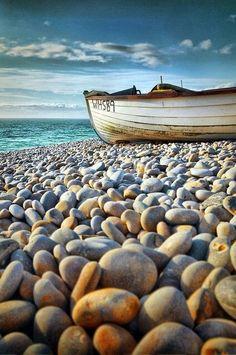 Pedras na praia.