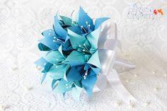 Buquê de Lírios de origami para madrinhas - Hikari's Origami -  Saiba mais em: http://hikarisorigami.wix.com/hikarisorigami