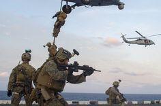 Recon Marines Aboard Bonhomme Richard x