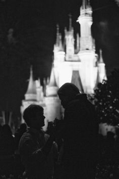 I would love to get engaged at Disney World! lol