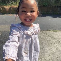 Bai (bae)✨ (@bbybailei) • Instagram photos and videos Mix Baby Girl, Baby Girls, Mixed Babies, Baby Fever, Cute Kids, Bae, Photo And Video, Daughters, Videos