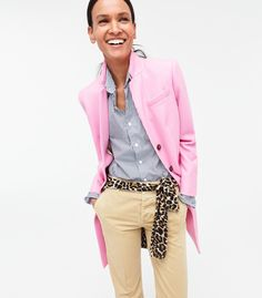Has Identified 226 Shades of Pink — The Cut J.Crew Has Identified 226 Shades of Pink -- Even More Than Shades of Grey!Crew Has Identified 226 Shades of Pink -- Even More Than Shades of Grey! Via The Cut Casual Chic, Spring Summer Fashion, Autumn Winter Fashion, Mode Ab 50, Look Office, Casual Outfits, Fashion Outfits, J Crew Outfits Summer, Pink Blazer Outfits