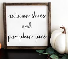 Awesome farmhouse decor diy are available on our website. Take a look and you wont be sorry you did. Fall Home Decor, Autumn Home, Fall Wood Signs, Shabby, Fall Gifts, Farmhouse Wall Decor, Farmhouse Signs, Modern Farmhouse, Farmhouse Ideas