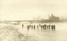 The River Trent frozen at Trent Bridge, Nottingham, Febuary 1895.