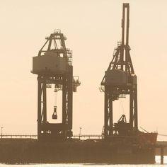 Loading Tata Steelworks docks Port Talbot Glamorgan. #ukcoastwalk Photo: Quintin Lake www.theperimeter.uk