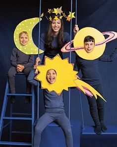 Family / group costume. Planets or outer space theme! Easy and cheap diy Halloween idea