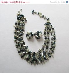 On Sale Green Japan Necklace and Earring Set by artsix on Etsy