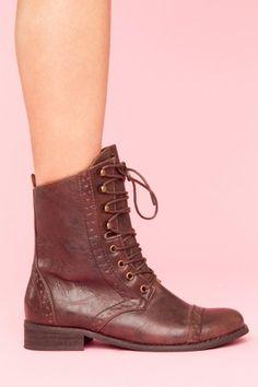 rogue brogue boot - brown