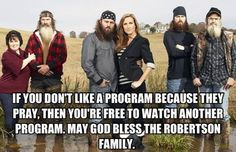 I Support Duck Commander The entire Robertson Family. God Bless them all. Sadie Robertson, Robertson Family, Duck Commander, Country Girl Quotes, Country Girls, Country Life, Country Strong, Country Living, Country Style