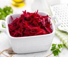 What You Don't Know About Beets: Health Benefits and Risks Beets Health, Health Advice, Beetroot, Health Benefits, Cabbage, Nutrition, Healthy Recipes, Být Fit