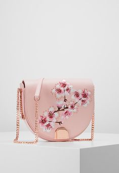 ... SUSY SOFT BLOSSOM MOON BAG - Umhängetasche - pink. TED BAKERAcross body  . 08d79d5a46