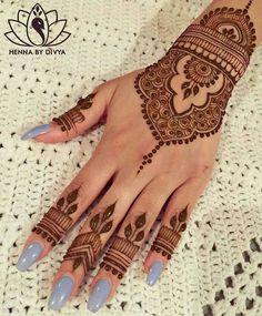 Beautiful and Easy Mehndi Designs for Eid Celebration - Henna / Mehndiiii - Indian Henna Designs, Eid Mehndi Designs, Wedding Mehndi Designs, Mehndi Designs For Fingers, Beautiful Henna Designs, Latest Mehndi Designs, Henna Tattoo Designs, Henna Tattoos, Simple Henna Tattoo