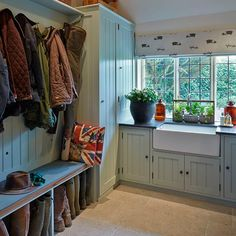 Boot room and utility in one - nice
