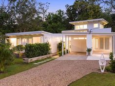 An Iconic Avalon Beach House | Desire Empire